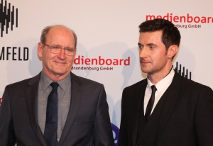 "Berlin Ritz-Carlton Medienboard Empfang BB "" Berlin Station"" die Hauptdarsteller Richard Jenkins, Richard Armitage v.l. Foto Manfred Thomas"